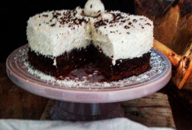 cokoladna-torta-i-kokos-krema-c619a992d243fba27e2d5754ff97b466_view_l